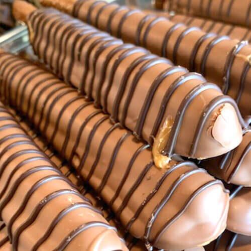 square-chocolate-pretzels